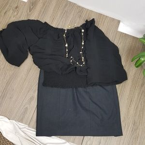 Tahari pencil Skirt size 4 in gray